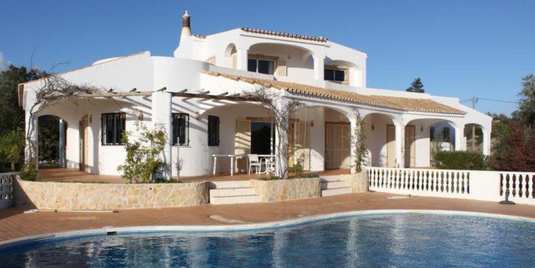01 Pool villa
