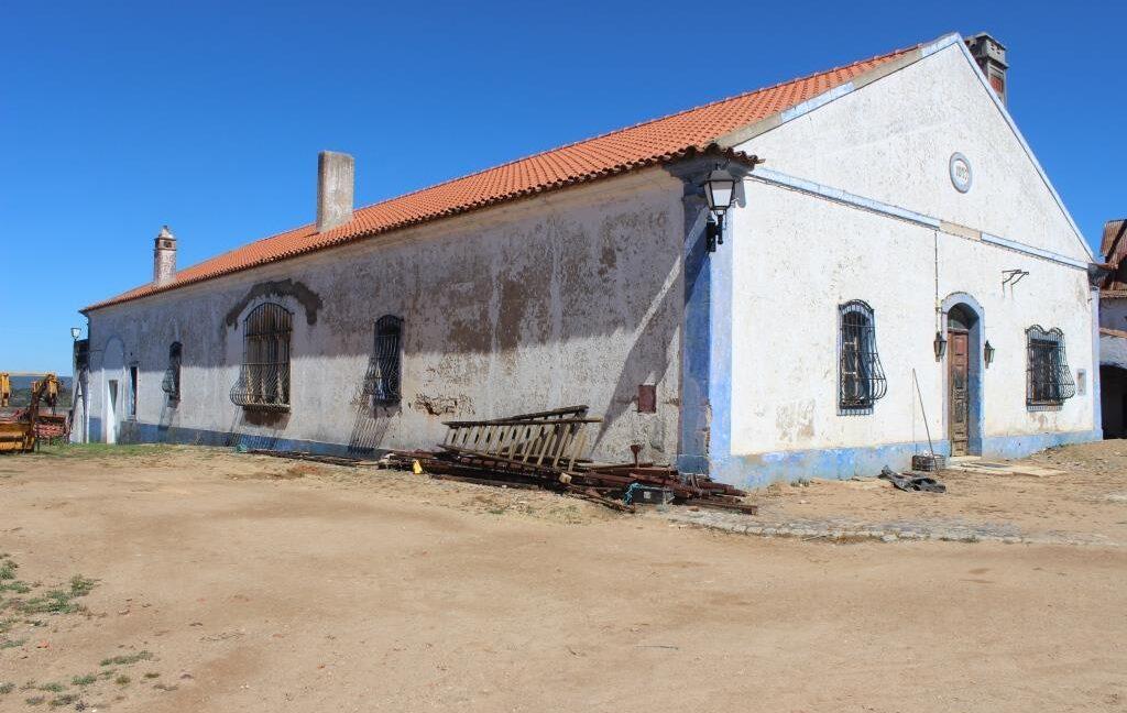 AGR1912 06 house