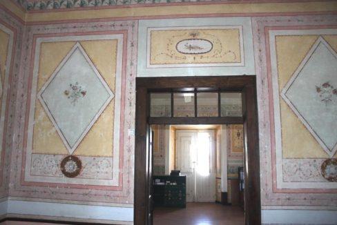 B1922 02 interior