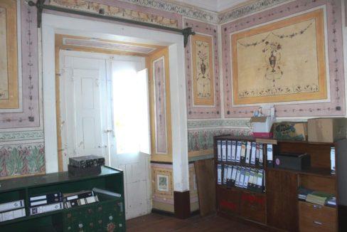 B1922 03 interior