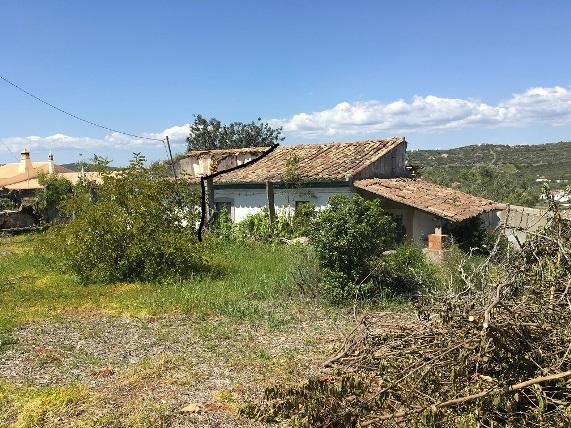 Ideal to renovate, S. Bras de Alportel, Central Algarve