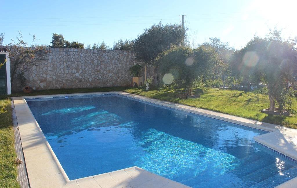 V1821 16 pool