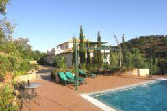 V1829 01 villa pool
