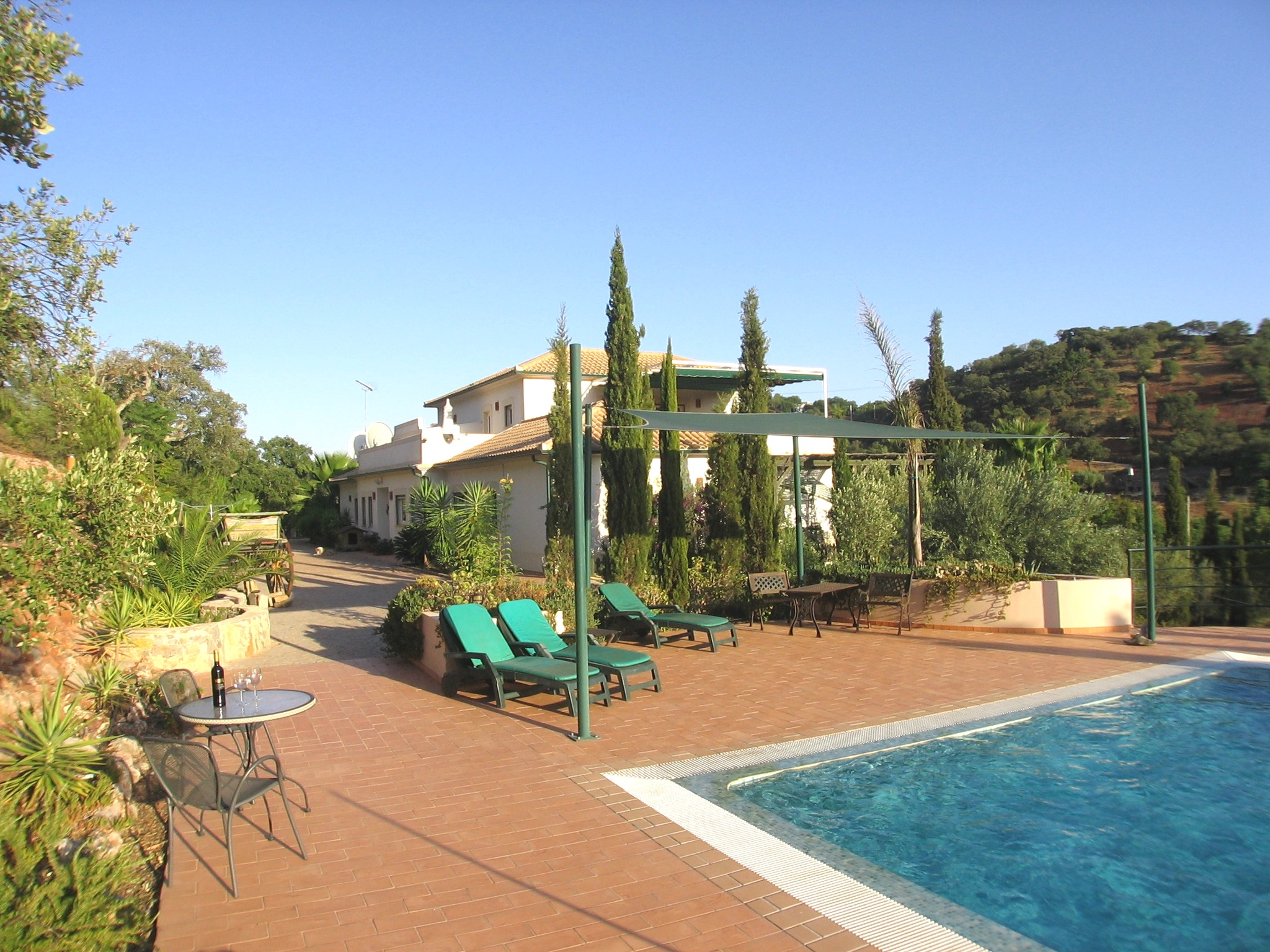 Villa V8 with Pool ideal for B & B near S. Bras de Alportel