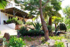 V1829 12 garden