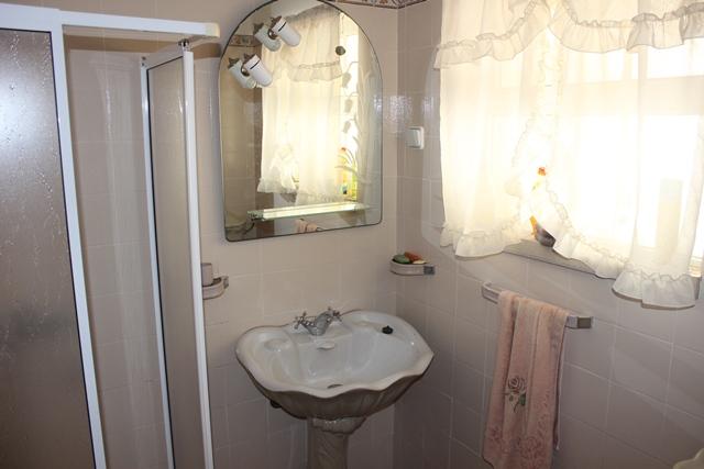 V1846 08 bath