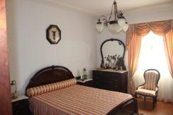 V1846 10 bed