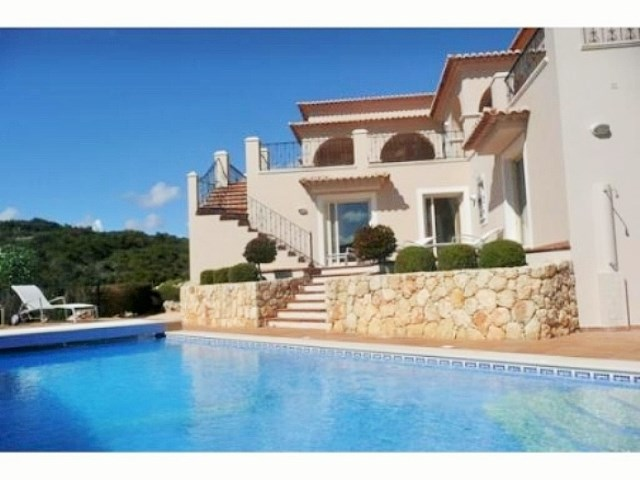 Villa V5 in Carvoeiro near beach, golfcourse.