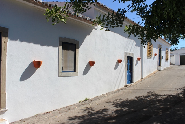 Traditional Cottage in Good Condition, 5 kms from S. Bras