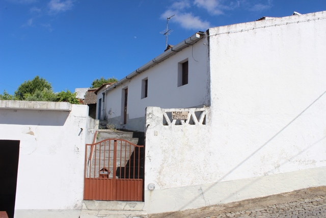 Traditional Houses Good Condition in S. Bartolomeu Outeiro